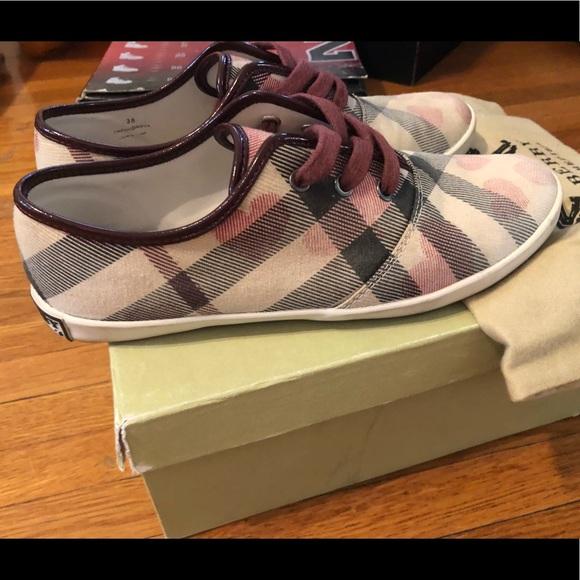 Burberry Shoes | Burberry Heart Nova